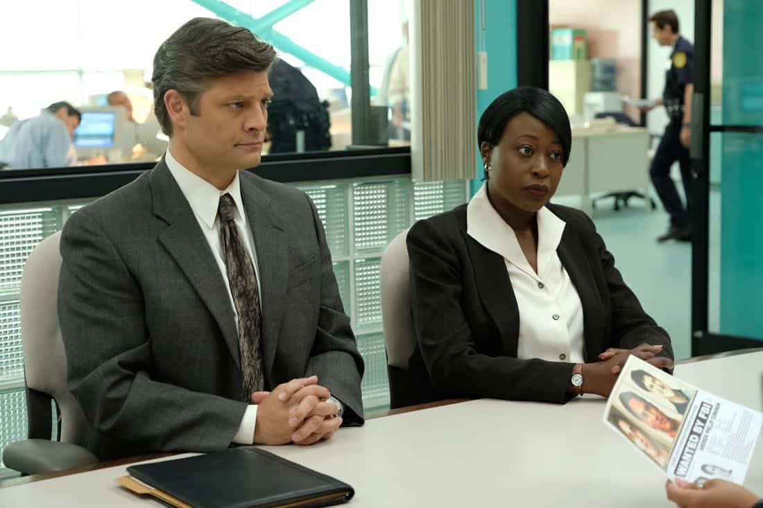 """THE ASSASSINATION OF GIANNI VERSACE: AMERICAN CRIME STORY """"Manhunt"""" Episode 2 (Airs Wednesday. January 24, 10:00 p.m. e/p) -- Pictured: (l-r) Jay R. Ferguson as FBI Agent Evans, Christine Horn as FBI Agent Gruber. CR: Ray Mickshaw/FX"""