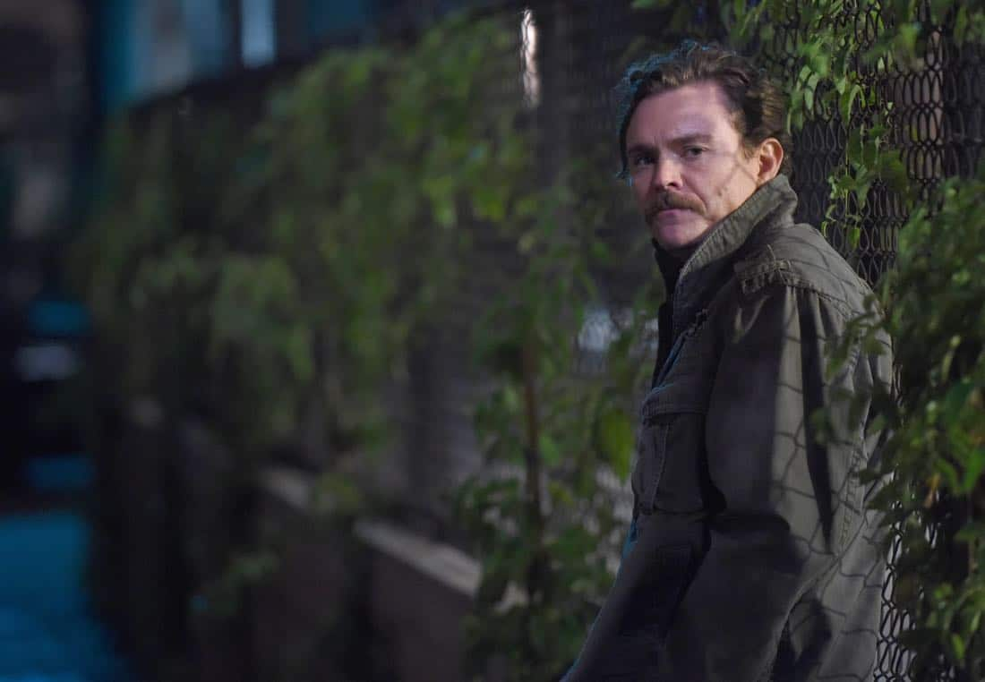 "LETHAL WEAPON: Clayne Crawford in the ""Inconvenient Ruth"" episode of LETHAL WEAPON airing Tuesday, Feb. 6 (8:00-9:00 PM ET/PT) on FOX. ©2018 Fox Broadcasting Co. CR: Ray Mickshaw/FOX"