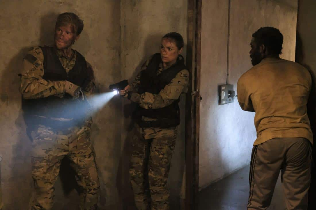 """Valor -- """"Costs of War"""" -- Image Number: VAL113c_0211b.jpg -- Pictured (L-R): Matt Barr as Captain Leland Gallo, Christina Ochoa as Warrant Officer Nora Madani and W. Tre Davis as Warrant Officer Jimmy Kam -- Photo: Erika Doss -- © 2017 The CW Network, LLC All Rights Reserved."""