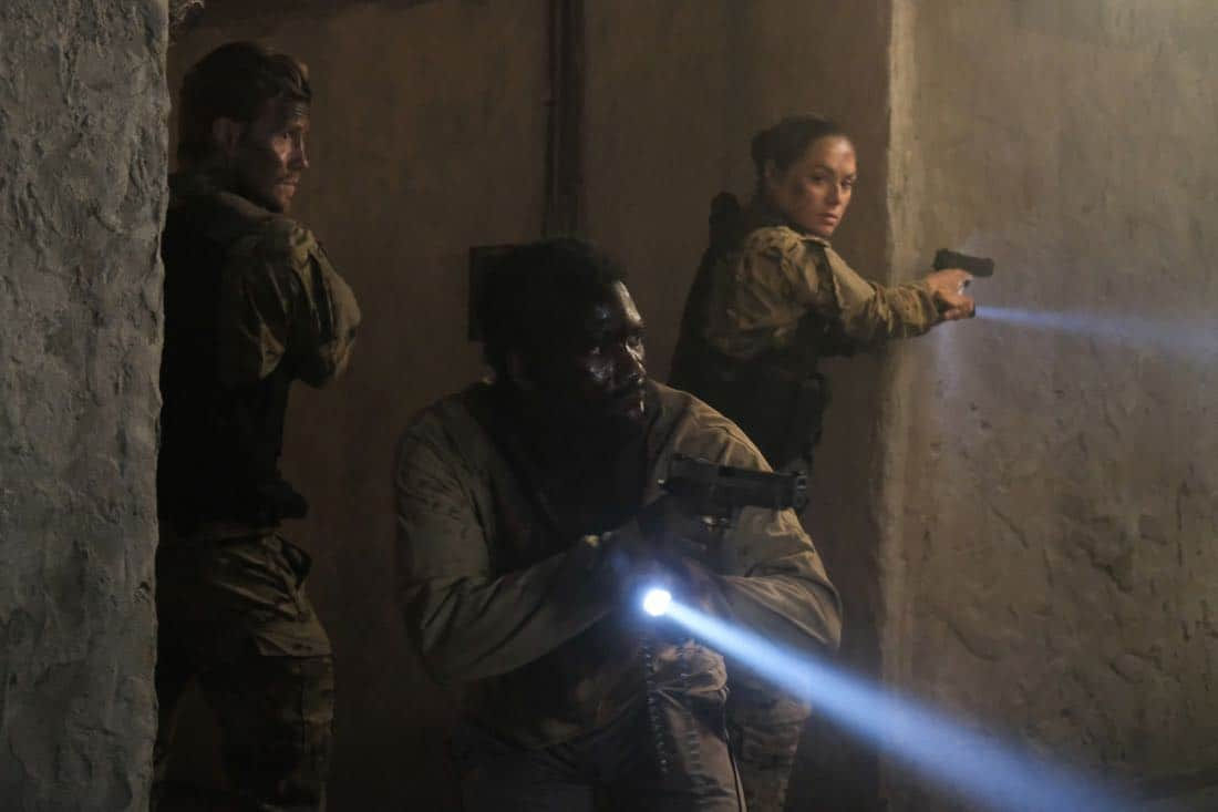 """Valor -- """"Costs of War"""" -- Image Number: VAL113c_0265b.jpg -- Pictured (L-R): Matt Barr as Captain Leland Gallo, W. Tre Davis as Warrant Officer Jimmy Kam and Christina Ochoa as Warrant Officer Nora Madani -- Photo: Erika Doss -- © 2017 The CW Network, LLC All Rights Reserved."""