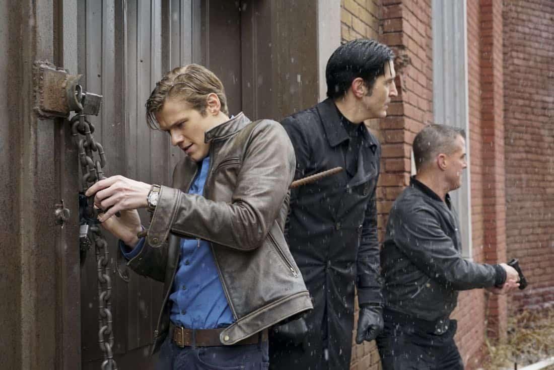 Macgyver Season 2 Episode 15 Photos Murdoc Handcuffs Seat42f