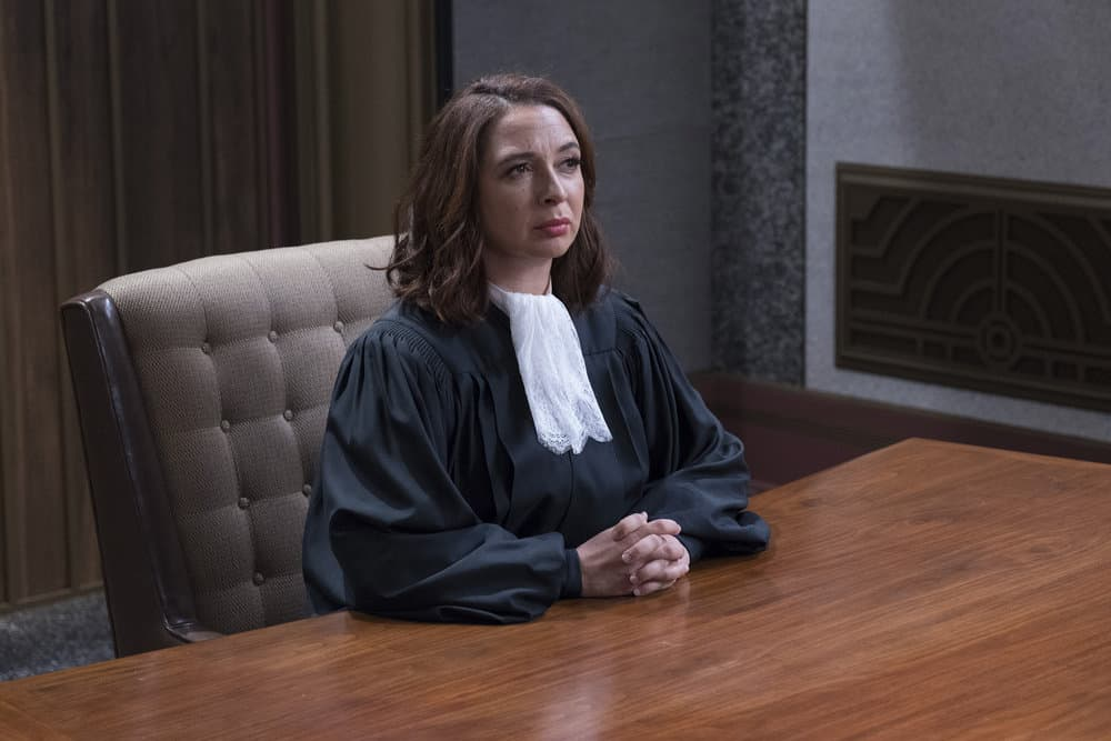 """THE GOOD PLACE -- """"Somewhere Else"""" Episode 213 -- Pictured: Maya Rudolph as Judge -- (Photo by: Colleen Hayes/NBC)"""