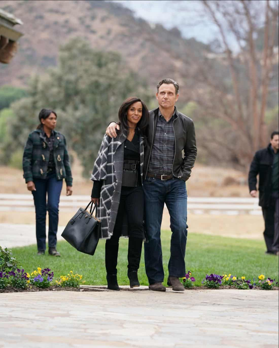 """SCANDAL - """"The People v. Olivia Pope"""" - When Olivia agrees to join Fitz in Vermont for what she thinks will be a relaxing getaway, she is shocked to find that her closest friends have orchestrated a relentless intervention. Back in Washington, Cyrus finally reveals his suspicions to Mellie about Olivia and Jake's extracurricular activities, on """"Scandal,"""" airing THURSDAY, FEB. 1 (9:00-10:00 p.m. EST), on The ABC Television Network. (ABC/Mitch Haaseth)"""