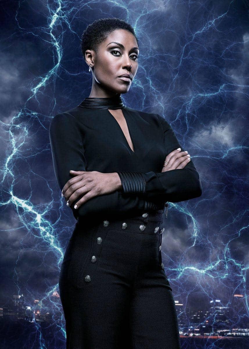 Black Lightning -- Image BLK_SINGLES_LYNN.jpg -- Pictured: Christine Adams as Lynn -- Photo: Mark Hill/The CW -- © 2018 The CW Network, LLC. All rights reserved