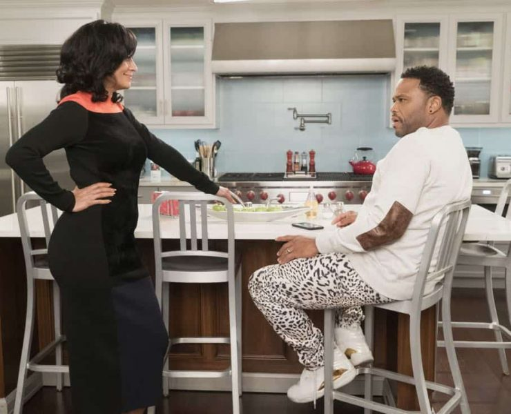 "BLACK-ISH - ""Unkept Woman"" - Dre and Bow's morning routine with the kids is changing now that Bow is taking some time off work. Meanwhile, Junior bonds with Diane now that he is in charge of driving his siblings to school, on ""black-ish,"" TUESDAY, FEB. 6 (9:00-9:30 p.m. EST), on The ABC Television Network. (ABC/Kelsey McNeal) TRACEE ELLIS ROSS, ANTHONY ANDERSON"