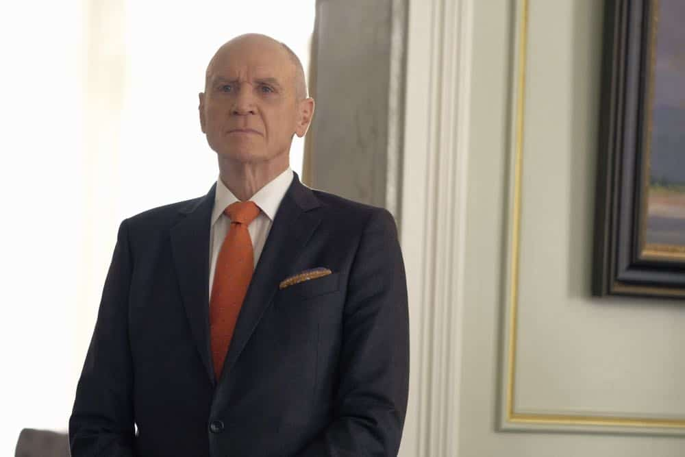 """Dynasty -- """"Nothing But Trouble"""" -- Image Number: DYN113a_0196b.jpg -- Pictured: Alan Dale as Anders -- Photo: Mark Hill/The CW -- © 2018 The CW Network, LLC. All Rights Reserved."""