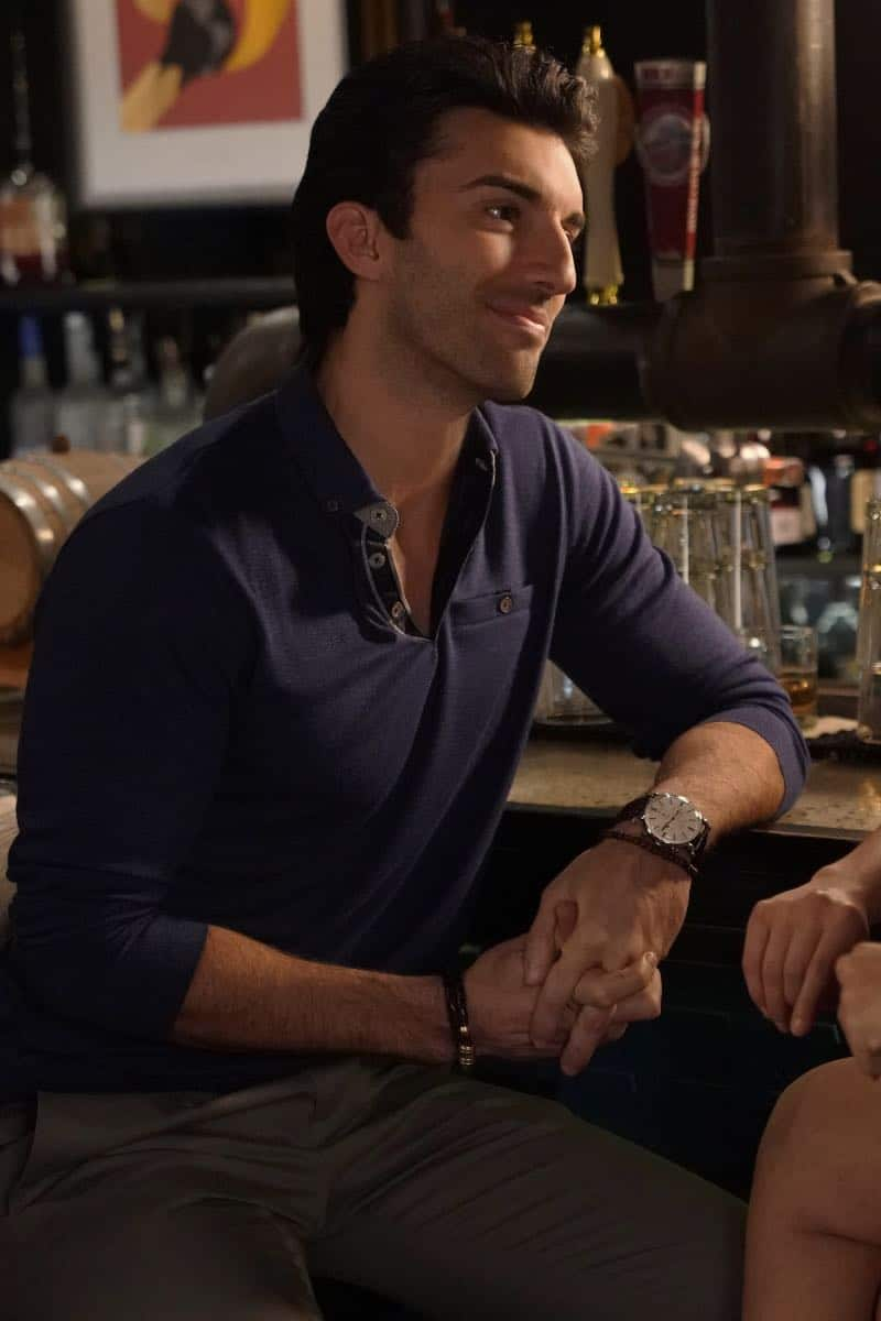 """Jane The Virgin -- """"Chapter Seventy-Four"""" -- Image Number: JAV410A_0656.jpg -- Pictured: Justin Baldoni as Rafael -- Photo: Greg Gayne/The CW -- © 2018 The CW Network, LLC. All Rights Reserved."""