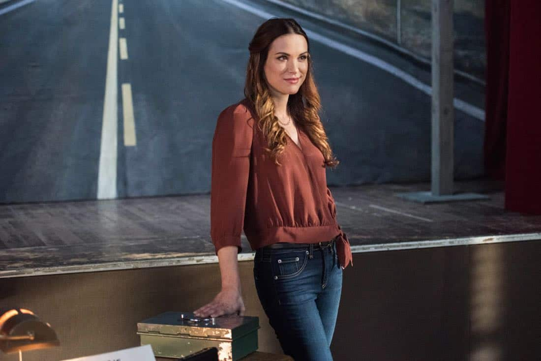 "Supernatural -- ""Devil's Bargain"" -- Image Number: SN1313b_0074b.jpg -- Pictured: Danneel Ackles as Jo -- Photo: Dean Buscher/The CW -- © 2018 The CW Network, LLC All Rights Reserved"