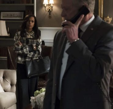 "SCANDAL - ""Army of One"" - Mellie's plans to name Jake as her new chief of staff only propels Olivia to do whatever it takes to make sure that does not happen. Back at Papa Pope's house, Quinn becomes restless, wondering just how long Rowan intends to keep her and Robin hidden from the outside world. Meanwhile at QPA, Abby, Huck and Charlie decide that it's time to move forward with new clients when their first case leads to surprising intel, on ""Scandal,"" airing THURSDAY, FEB. 8 (9:00-10:00 p.m. EST), on The ABC Television Network. (ABC/Eric McCandless) KERRY WASHINGTON"