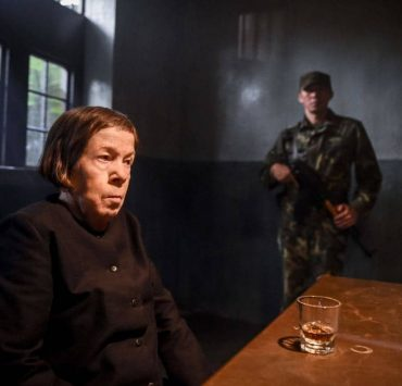 """Goodbye, Vietnam Pictured: Linda Hunt (Henrietta """"Hetty"""" Lange). Callen, Sam, Kensi and Deeks join HettyÕs team from the Vietnam War, Sterling Bridges (James Remar), A.J. Chegwidden (John M. Jackson) and Charles Langston (Carl Lumbly) in a dangerous and off-the-books rescue mission to save Hetty from her captors in Vietnam. Also, Mosley calls in NellÕs sister, Homeland Security Specialist Sydney Jones (Ashley Spillers) to assist the team in Los Angeles with processing evidence connected to HettyÕs time in Vietnam, on NCIS: LOS ANGELES, Sunday, March 11 (9:00-10:00 PM, ET/PT) on the CBS Television Network. Photo: Ron P. Jaffe/CBS ©2017 CBS Broadcasting, Inc. All Rights Reserved."""