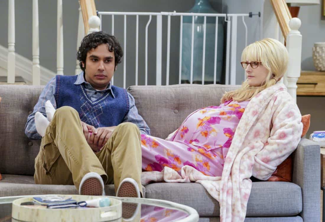 The Neonatal Nomenclature Pictured: Rajesh Koothrappali (Kunal Nayyar) and Bernadette (Melissa Rauch). When Bernadette wonÕt go into labor, all her friends try different tactics to get things started. Also, Wolowitz confronts Bernadette after Amy accidentally reveals sheÕs already chosen their sonÕs name, on THE BIG BANG THEORY, Thursday, March 1 (8:00-8:31 PM, ET/PT), on the CBS Television Network. Photo: Bill Inoshita/CBS ©2018 CBS Broadcasting, Inc. All Rights Reserved.