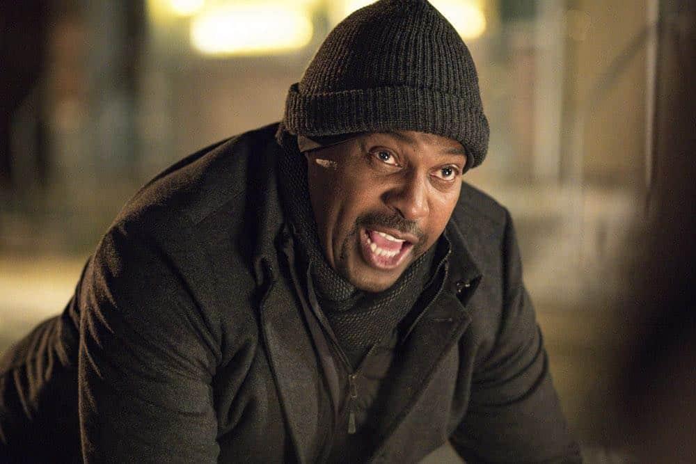 """CHICAGO P.D. -- """"Anthem"""" Episode 514 -- Pictured: Mykelti Williamson as Denny Woods -- (Photo by: Matt Dinerstein/NBC)"""
