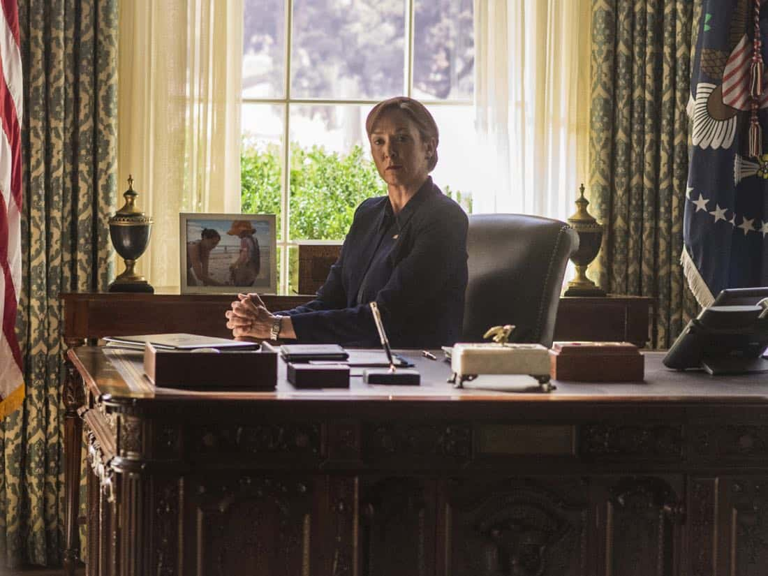 "Elizabeth Marvel as Elizabeth Keane in HOMELAND (Season 7, Episode 01, ""Enemy of the State"") - Photo: Jacob Coppage/SHOWTIME - Photo: HOMELAND_701_3889.R.jpg"