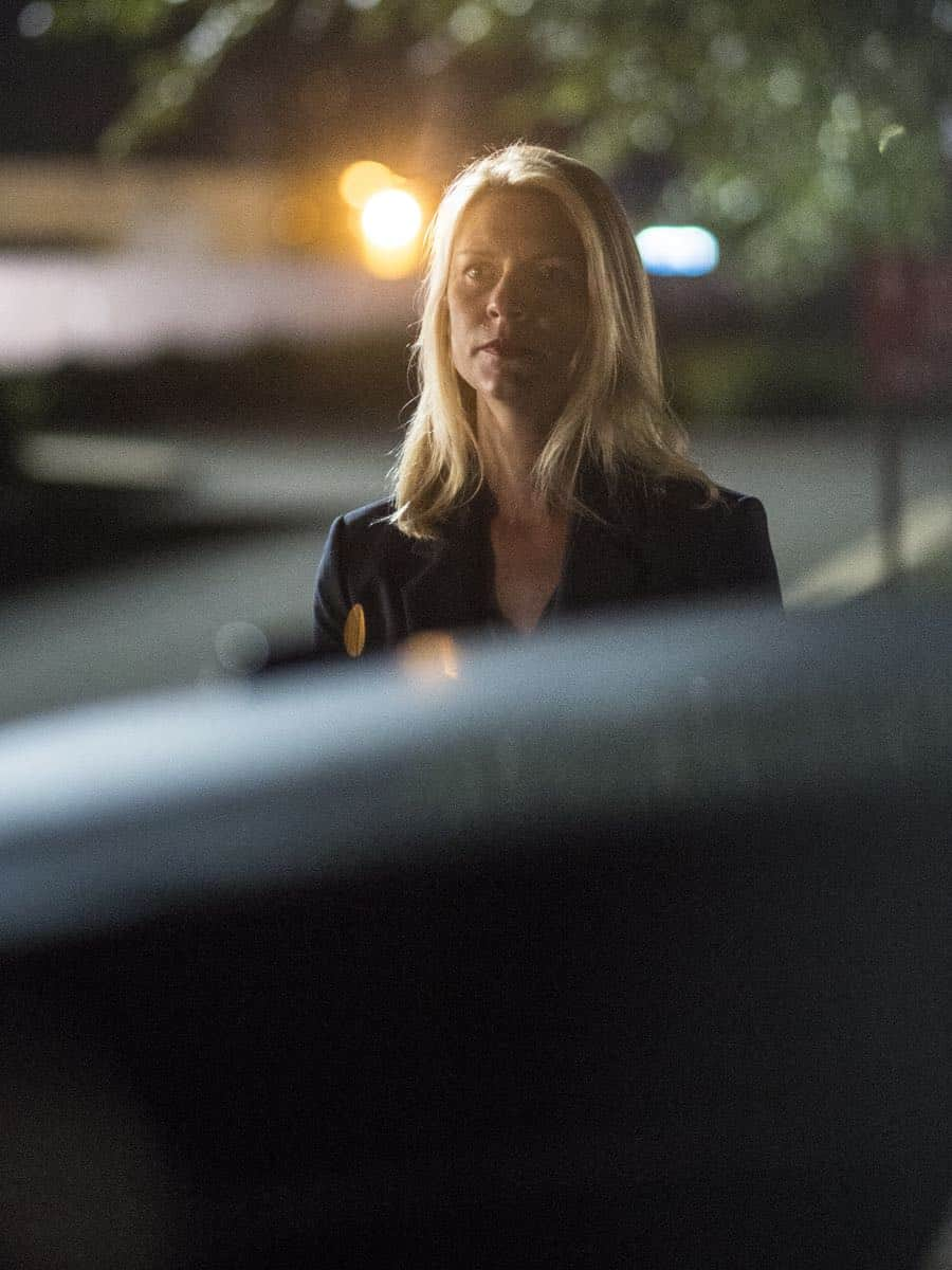 "Claire Danes as Carrie Mathison in HOMELAND (Season 7, Episode 01, ""Enemy of the State"") - Photo: Jacob Coppage/SHOWTIME - Photo: HOMELAND_701_837.R.jpg"