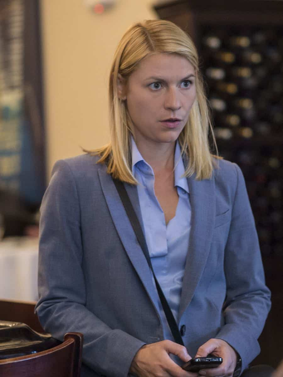 "Claire Danes as Carrie Mathison in HOMELAND (Season 7, Episode 01, ""Enemy of the State"") - Photo: Jacob Coppage/SHOWTIME - Photo: HOMELAND_701_3735.R.jpg"