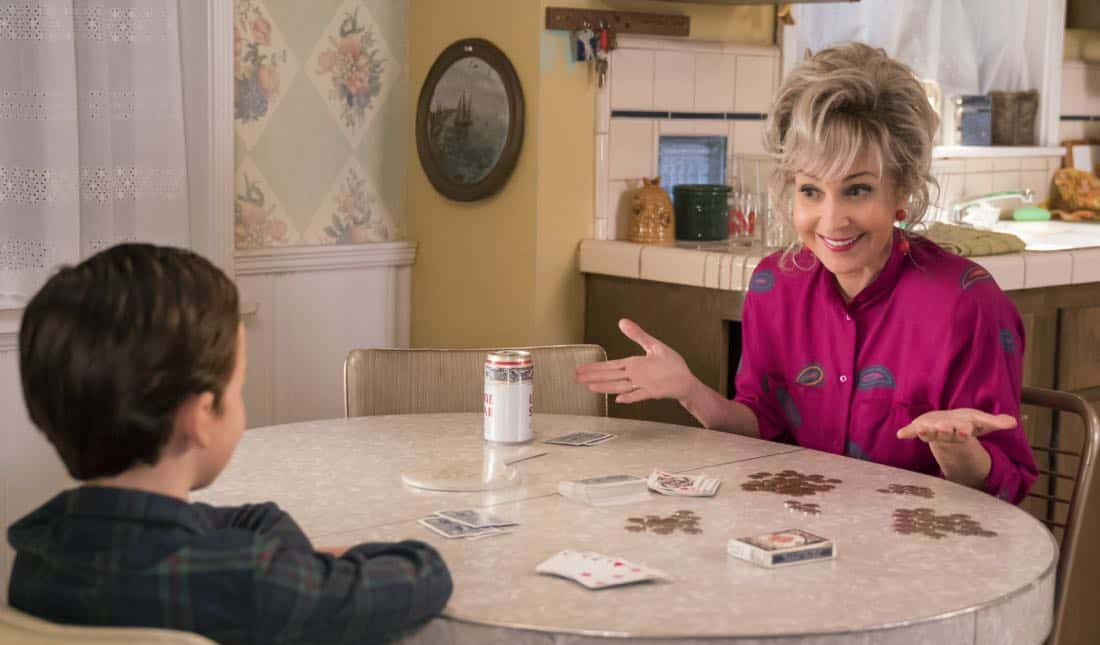 """Poker, Faith, and Eggs""-- Pictured: Meemaw (Annie Potts). When George Sr. is rushed to the emergency room, Meemaw (Annie Potts) comes to babysit, and the kids have an adventure getting to the hospital on their own, when YOUNG SHELDON airs, Thursday Nov. 9 (8:31-9:01 PM, ET/PT) on the CBS Television Network. Photo: Michael Desmond/Warner Bros. Entertainment Inc. © 2017 WBEI. All rights reserved."