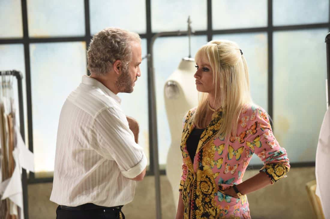 "THE ASSASSINATION OF GIANNI VERSACE: AMERICAN CRIME STORY ""Don't Ask Don't Tell"" Episode 5 (Airs Wednesday, February 14, 10:00 p.m. e/p) -- Pictured: (l-r) Edgar Ramirez as Gianni Versace, Penelope Cruz as Donatella Versace. CR: Ray Mickshaw/FX"