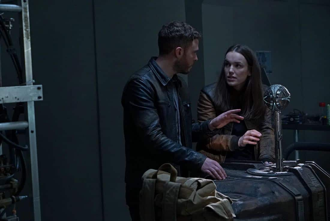 "MARVEL'S AGENTS OF S.H.I.E.L.D. - ""All the Comforts of Home"" - Coulson and team set out to rewrite the course of humanity's fate, but they're unaware that their efforts will dramatically change one S.H.I.E.L.D agent's life, on ""Marvel's Agents of S.H.I.E.L.D.,"" FRIDAY, MARCH 2 (9:01-10:01 p.m. EST), on The ABC Television Network. (ABC/Byron Cohen) IAIN DE CAESTECKER, ELIZABETH HENSTRIDGE"