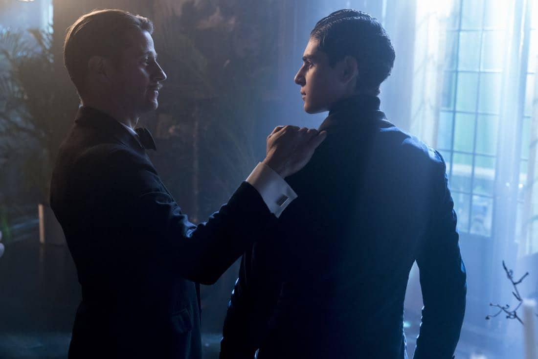 "GOTHAM: L-R: Ben McKenzie and David Mazouz in the ""A Dark Knight: A Beautiful Darkness"" episode of GOTHAM airing Thursday, March 8 (8:00-9:00 PM ET/PT) on FOX.  ©2018 Fox Broadcasting Co. Cr: David Giesbrecht/FOX"