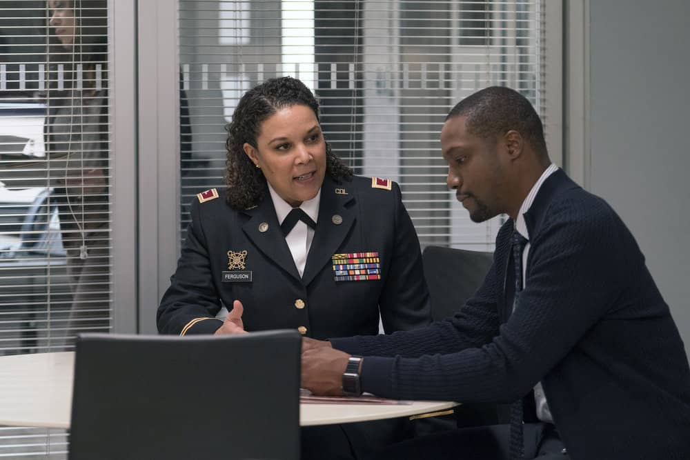 "BLINDSPOT -- ""Everlasting"" Episode 314 -- Pictured: (l-r) Linda Powell as Col. Sara Ferguson, Rob Brown as Edgar Reade -- (Photo by: Barbara Nitke/NBC)"