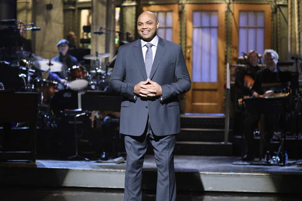 Charles Barkley lauds basketball, free expression and himself on Saturday Night Live
