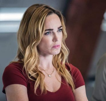 """DC's Legends of Tomorrow -- """"No Country for Old Dads"""" -- Image Number: LGN313b_0060b.jpg -- Pictured: Caity Lotz as Sara Lance/White Canary -- Photo: Dean Buscher/The CW -- © 2018 The CW Network, LLC. All Rights Reserved."""