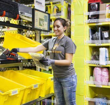 Amazon-Employee-Picking