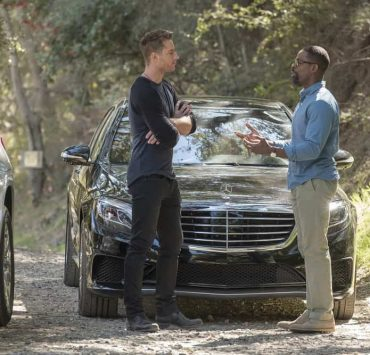 "THIS IS US -- ""The Wedding"" Episode 218 -- Pictured: (l-r) Justin Hartley as Kevin, Sterling K. Brown as Randall -- (Photo by: Ron Batzdorff/NBC)"
