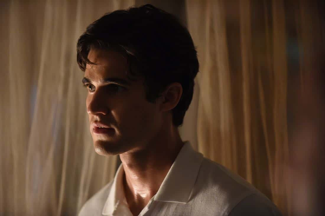 """THE ASSASSINATION OF GIANNI VERSACE: AMERICAN CRIME STORY """"Creator/Destroyer"""" Episode 8 (Airs Wednesday, March 14, 10:00 p.m. e/p) -- Pictured: Darren Criss as Andrew Cunanan. CR: Ray Mickshaw/FX"""