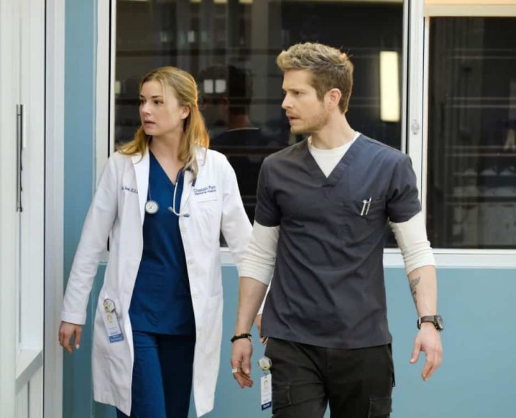 "THE RESIDENT: L-R: Emily VanCamp and Matt Czuchry in the ""Family Affair"" episode of THE RESIDENT airing Monday, March 19 (9:00-10:00 PM ET/PT) on FOX. ©2018 Fox Broadcasting Co. Cr: Guy D'Alema/FOX"