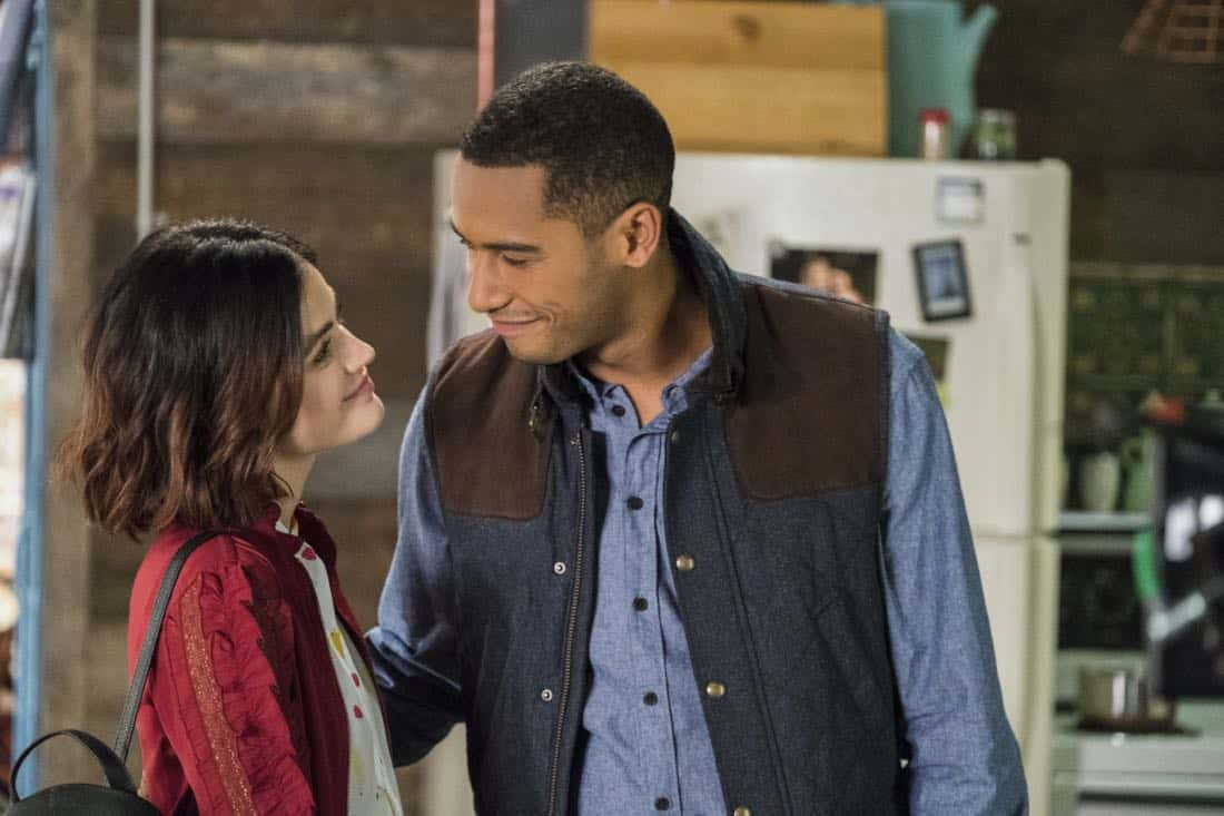 "Life Sentence -- ""Re-Inventing the Abbotts"" -- Image Number: LFS102a_466b.jpg -- Pictured (L-R): Lucy Hale as Stella and Elliot Knight as Wes -- Photo: Eric Milner/The CW -- © 2018 The CW Network, LLC. All Rights Reserved."