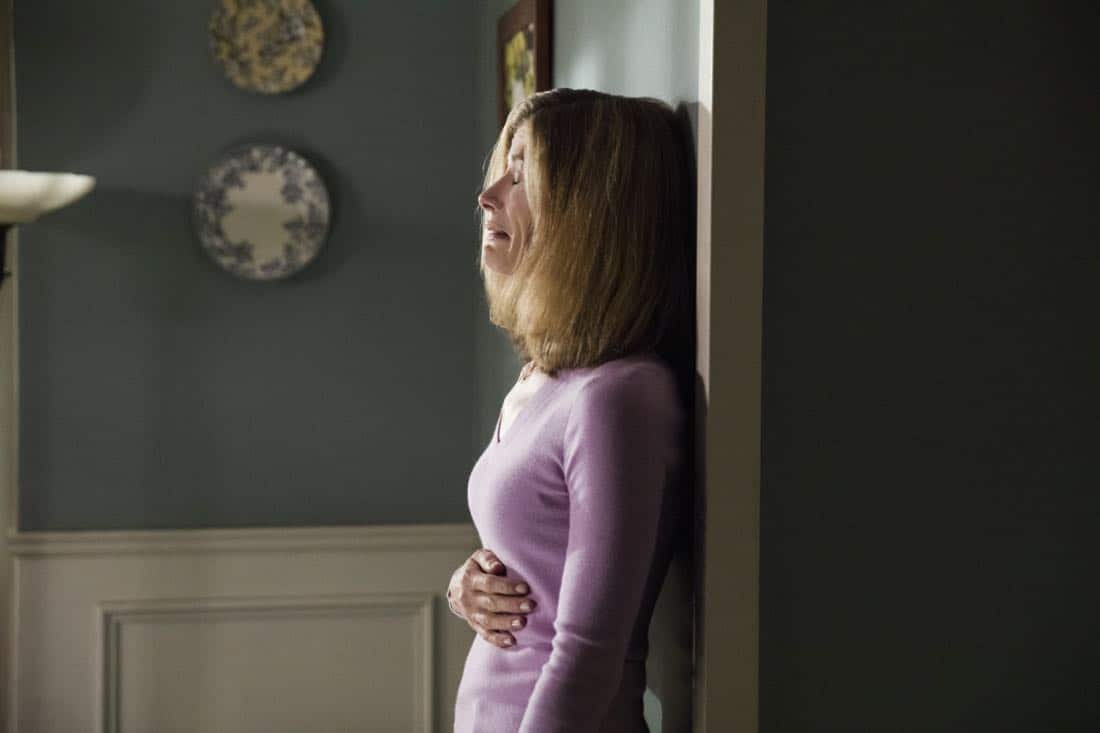 "Life Sentence -- ""Re-Inventing the Abbotts"" -- Image Number: LFS102b_0297b.jpg -- Pictured: Gillian Vigman as Ida -- Photo: Jack Rowand/The CW -- © 2018 The CW Network, LLC. All Rights Reserved."