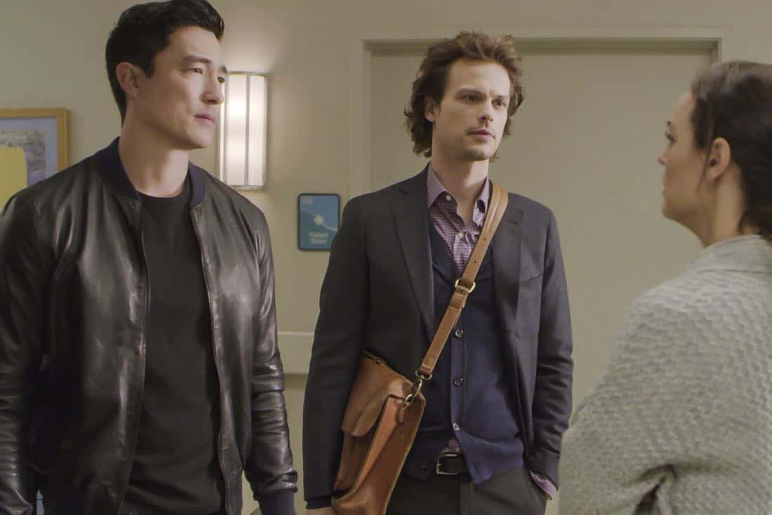 ÒThe CapilanosÓ Ð The BAU is called to Oklahoma to investigate a murderous clown terrorizing the sleepy town of Guymon, on CRIMINAL MINDS, Wednesday, March 21 (10:00-11:00 PM, ET/PT) on the CBS Television Network.  Pictured: Daniel Henney (Matt Simmons), Matthew Gray Gubler (Dr. Spencer Reid),    Photo: Best Screen Grab Available ©2018 CBS Broadcasting, Inc. All Rights Reserved
