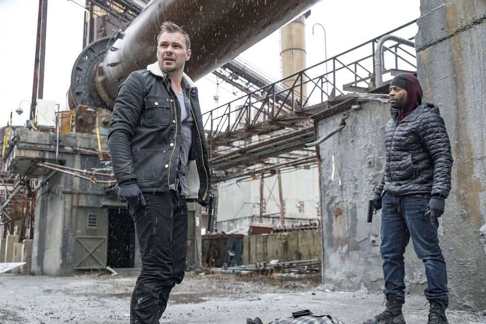 "CHICAGO P.D. -- ""Ghosts"" Episode 518 -- Pictured: (l-r) Patrick John Flueger as Adam Ruzek, LaRoyce Hawkins as Kevin Atwater -- (Photo by: Matt Dinerstein/NBC)"