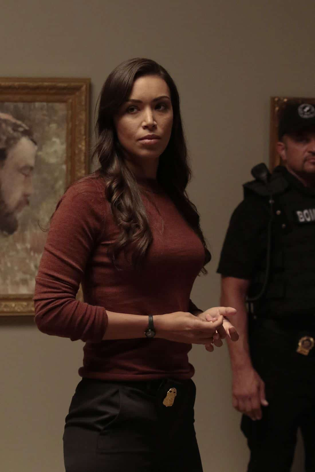 """DECEPTION - """"Escapology"""" - When an art museum docent is held hostage, Kay enlists Cameron and his team to help rescue her using the art of escapology, on """"Deception,"""" airing SUNDAY, MARCH 25 (10:01-11:00 p.m. EDT), on The ABC Television Network. (ABC/Giovanni Rufino) ILFENESH HADERA"""