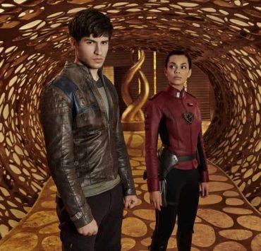 KRYPTON -- Season:1 -- Pictured: (l-r) Cameron Cuffe as Seg-El, Georgina Campbell as Lyta-Zod -- (Photo by: Gavin Bond/Syfy)