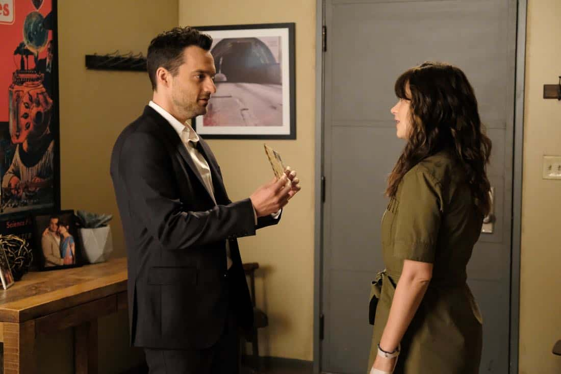 "NEW GIRL:  L-R:  Jake Johnson and Zooey Deschanel in the ""About Three Years Later"" season seven premiere episode of NEW GIRL airing Tuesday, April10 (9:30-10:00 PM ET/PT) on FOX.  ©2018 Fox Broadcasting Co.  Cr:  Ray Mickshaw/FOX"