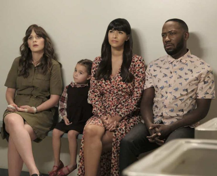 """NEW GIRL: L-R: Zooey Deschanel, guest star, Hannah Simone and Lamorne Morris in the """"About Three Years Later"""" season seven premiere episode of NEW GIRL airing Tuesday, April10 (9:30-10:00 PM ET/PT) on FOX. ©2018 Fox Broadcasting Co. Cr: Ray Mickshaw/FOX"""