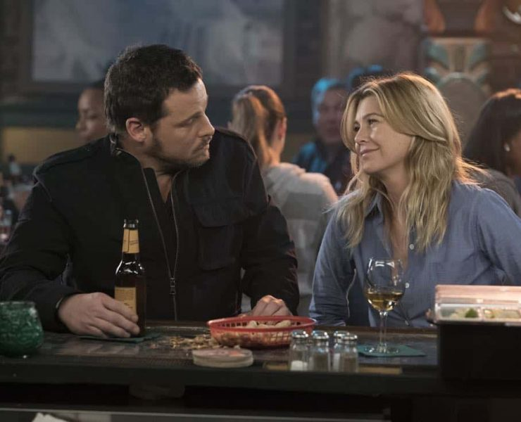 "GREY'S ANATOMY - ""One Day Like This"" - April's crisis of faith is challenged by a patient she treats who is a rabbi, and Meredith treats a patient who is a transplant surgeon from another hospital, on ""Grey's Anatomy,"" THURSDAY, MARCH 29 (8:00-9:00 p.m. EDT), on The ABC Television Network. (ABC/Eric McCandless) JUSTIN CHAMBERS, ELLEN POMPEO"