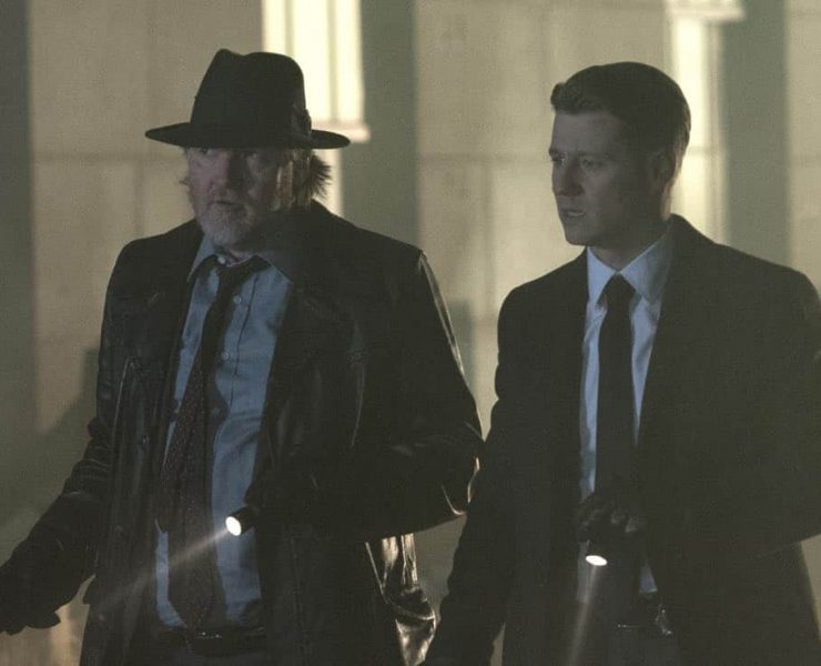 """GOTHAM: L-R: Donal Logue and Ben McKenzie in the """"A Dark Knight: One Of My Three Soups"""" episode of GOTHAM airing Thursday, March 29 (8:00-9:00 PM ET/PT) on FOX. ©2018 Fox Broadcasting Co. Cr: David Giesbrecht/FOX"""