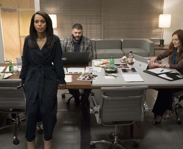 "SCANDAL - ""The Noise"" - When Charlie is taken into custody for the hijacking of Air Force Two, Quinn is faced with an important choice. Meanwhile, Cyrus is pulling the strings behind closed doors and sets out to recruit Jake to join him on his quest for the White House, on ""Scandal,"" airing THURSDAY, MARCH 29 (10:00-11:00 p.m. EDT), on The ABC Television Network. (ABC/Mitch Haaseth) KERRY WASHINGTON, GUILLERMO DIAZ, DARBY STANCHFIELD"