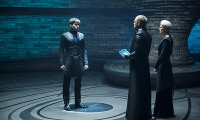 "KRYPTON -- ""House of El"" Episode 102 -- Pictured: (l-r) Cameron Cuffe as Seg-El, Elliot Cowan as Daron-Vex, Wallis Day as Nyssa-Vex -- (Photo by: Steffan Hill/Syfy)"