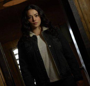 "THE CROSSING - ABC's ""The Crossing"" stars Natalie Martinez as Reece. (ABC/Bob D'Amico)"