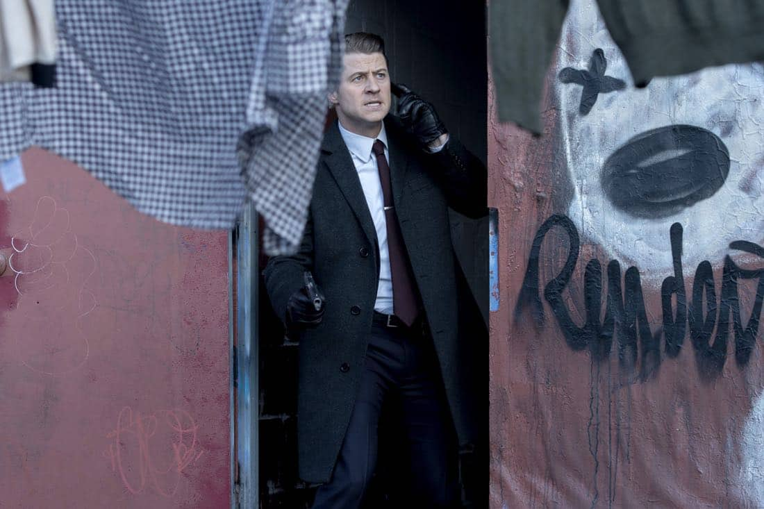 "GOTHAM: Ben McKenzie in the ""A Dark Knight: That's Entertainment"" episode of GOTHAM airing Thursday, April 12 (8:00-9:00 PM ET/PT) on FOX.  ©2018 Fox Broadcasting Co. Cr: FOX"