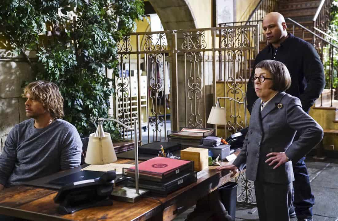 """Vendetta"" -  Pictured: Eric Christian Olsen (LAPD Liaison Marty Deeks, Linda Hunt (Henrietta ""Hetty"" Lange) and LL COOL J (Special Agent Sam Hanna). Callen and Sam join forces with Anna Kolcheck (Bar Paly) and the Bureau of Alcohol, Tobacco and Firearms (ATF), when Arkady Kolcheck (Vyto Ruginis) warns NCIS that a notorious international weapons dealer has returned to the states. Also, the case requires Eric to go undercover as a bank IT technician, on NCIS: LOS ANGELES, Sunday, April 8 (9:00-10:00 PM, ET/PT) on the CBS Television Network. Photo: Monty Brinton/CBS ©2018 CBS Broadcasting, Inc. All Rights Reserved."