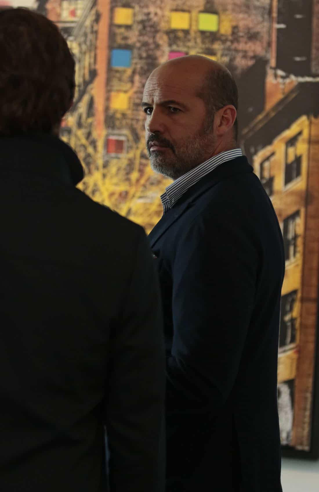 """DECEPTION - """"Masking"""" - When a church's stained glass window is stolen while a famous - yet elusive - street artist is painting a mural nearby, Cam and the team's investigation leads them to the criminal - and an unlikely accomplice - on ABC's """"Deception,"""" airing SUNDAY, APRIL 8 (10:01-11:00 p.m. EDT), on The ABC Television Network. (ABC/Giovanni Rufino) BILLY ZANE"""