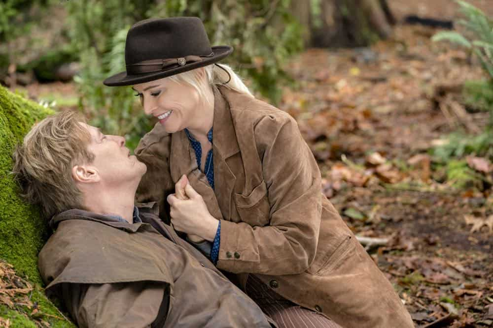 While transporting AJ to face trial, Bill gets bitten by a rattlesnake. Abigail tries to save the town from an investor who will hurt Hope Valley.  Carson is faced with a life and death medical decision.  Elizabeth tries to reunite a mother and her son.  Photo: Jack Wagner, Josie Bissett  Credit: Copyright 2018 Crown Media United States LLC/Photographer: Ricardo Hubbs