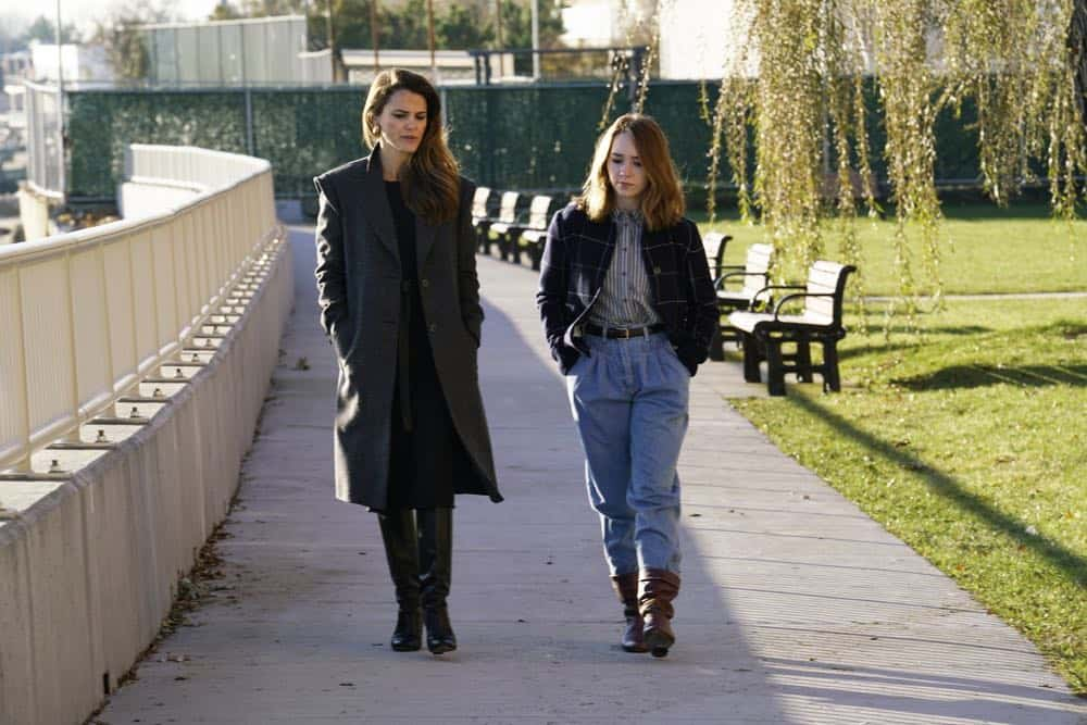 "THE AMERICANS -- ""Urban Transport Planning"" -- Season 6, Episode 3 (Airs Wednesday, April 11, 10:00 pm/ep) -- Pictured: (l-r) Keri Russell as Elizabeth Jennings, Holly Taylor as Paige Jennings. CR: Patrick Harbron/FX"