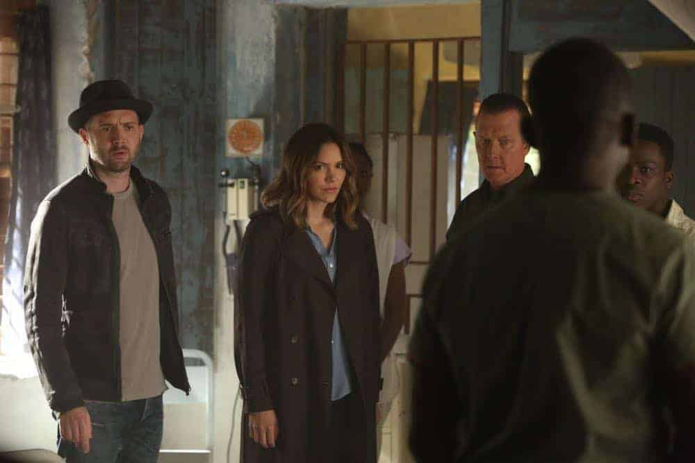 SCORPION Season 4 Episode 22 Photos A Lie In The Sand | SEAT42F