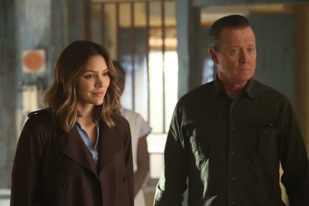 """""""A Lie in the Sand"""" -- Team Scorpion heads to Northeast Africa where they must carefully navigate a minefield in order to save the lives of local villagers. Also, Paige and Walter's relationship takes a shocking turn, and Toby and Happy make an important decision, on the fourth season finale of SCORPION, Monday, April 16 (10:00-11:00 PM, ET/PT) on the CBS Television Network. Pictured: Katharine McPhee, Robert Patrick.   Photo: Michael Yarish/CBS ©2018 CBS Broadcasting, Inc. All Rights Reserved"""